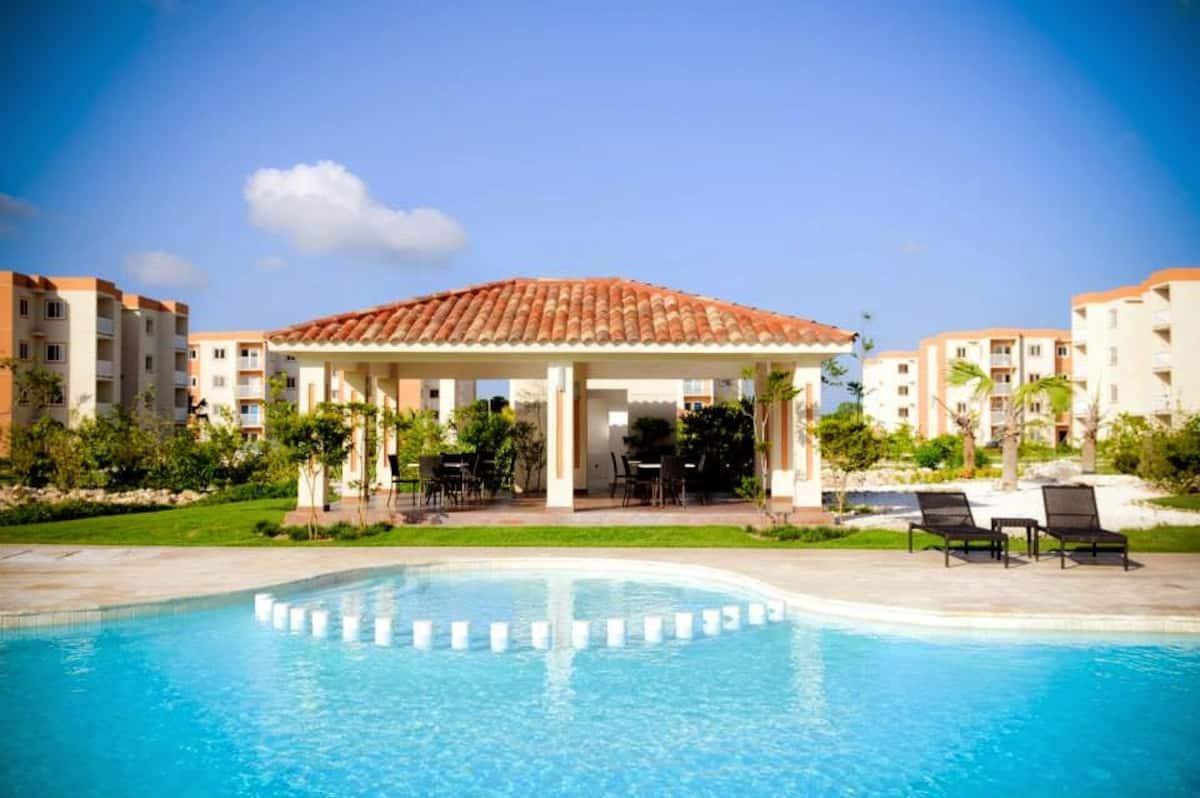 Vendo apartamento tipo resort en Punta Cana