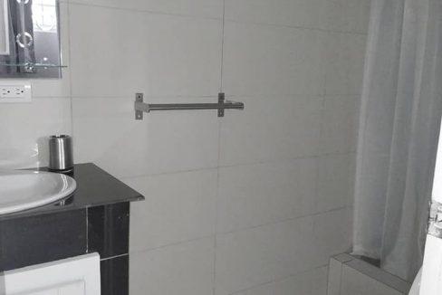 Zona Universitaria Alquiler Apto Amoblado 1 hab 1 bano cocina sala comedor plaza capri illinois apto 111 bano 2